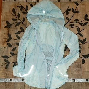 Lululemon Run Wild Jacket Light Blue athletic rain zip up hooded jacket